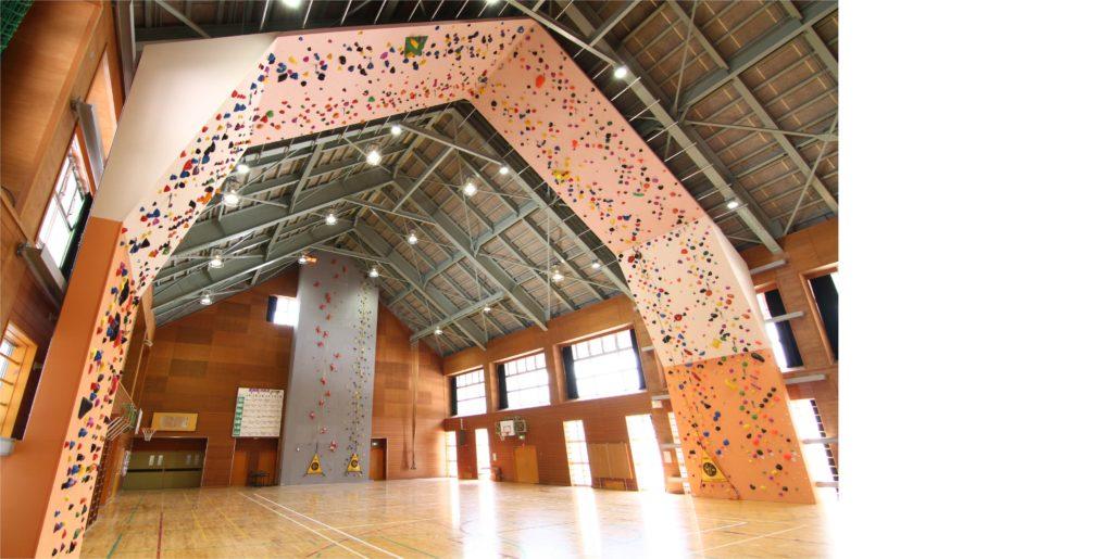 農村de合宿キャンプセンタークライミングウォール設置工事イメージ